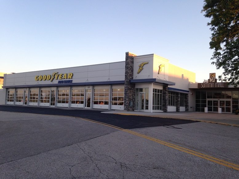 Goodyear-retail-store-Summit_Mall.jpg