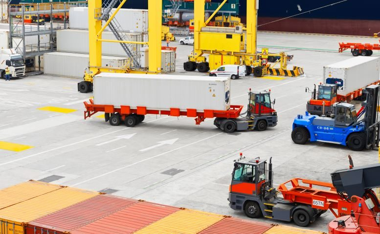 Port-containers-pic3-resized.jpg