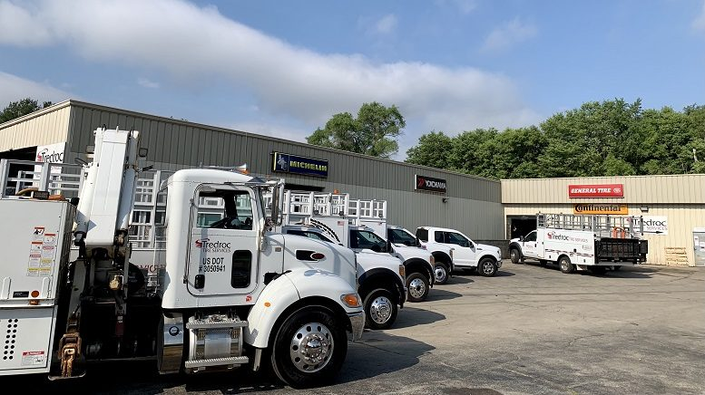 Tredroc-tire-service-trucks-parked-in-front-of-building.jpg