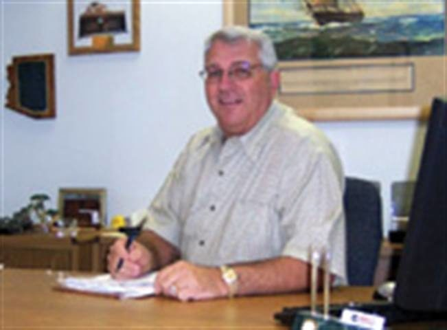 72-inch tires? More mining activity in 2004?: Bet on it, says Purcell Tire's Al Chicago