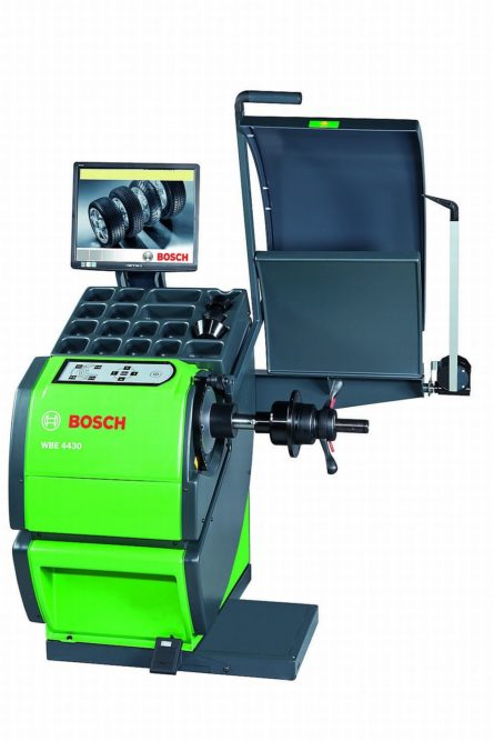 AAPEX, Day Three: Bosch balancer lights the way