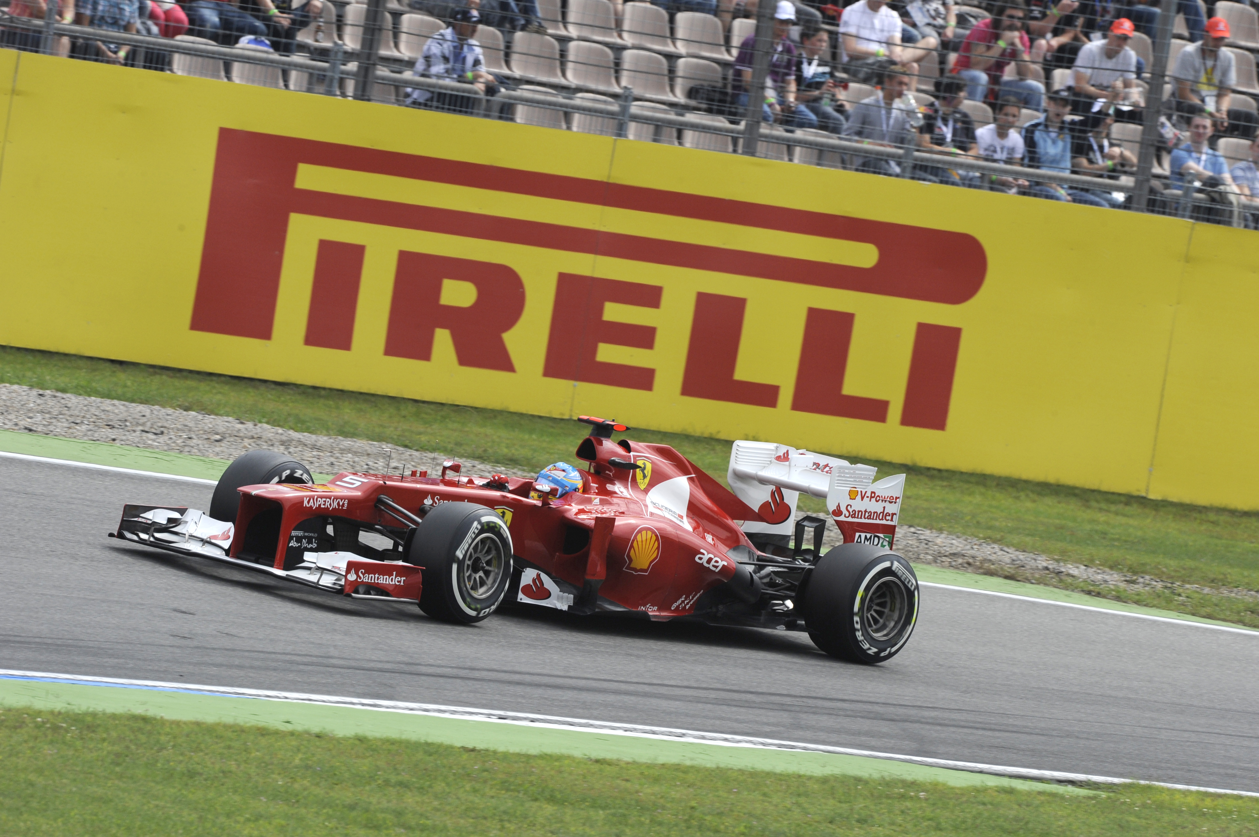 Alonso becomes a three-time winner with Pirelli in 2012