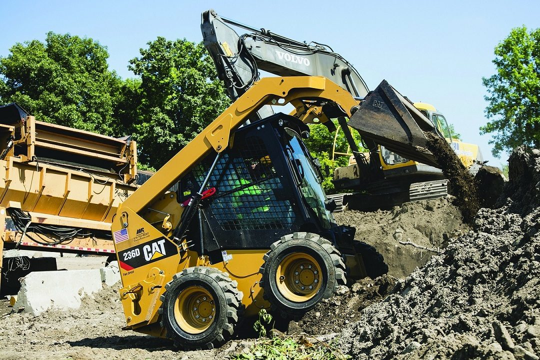 Camso Unveils 5 Tires for Forklifts and Skid Steers