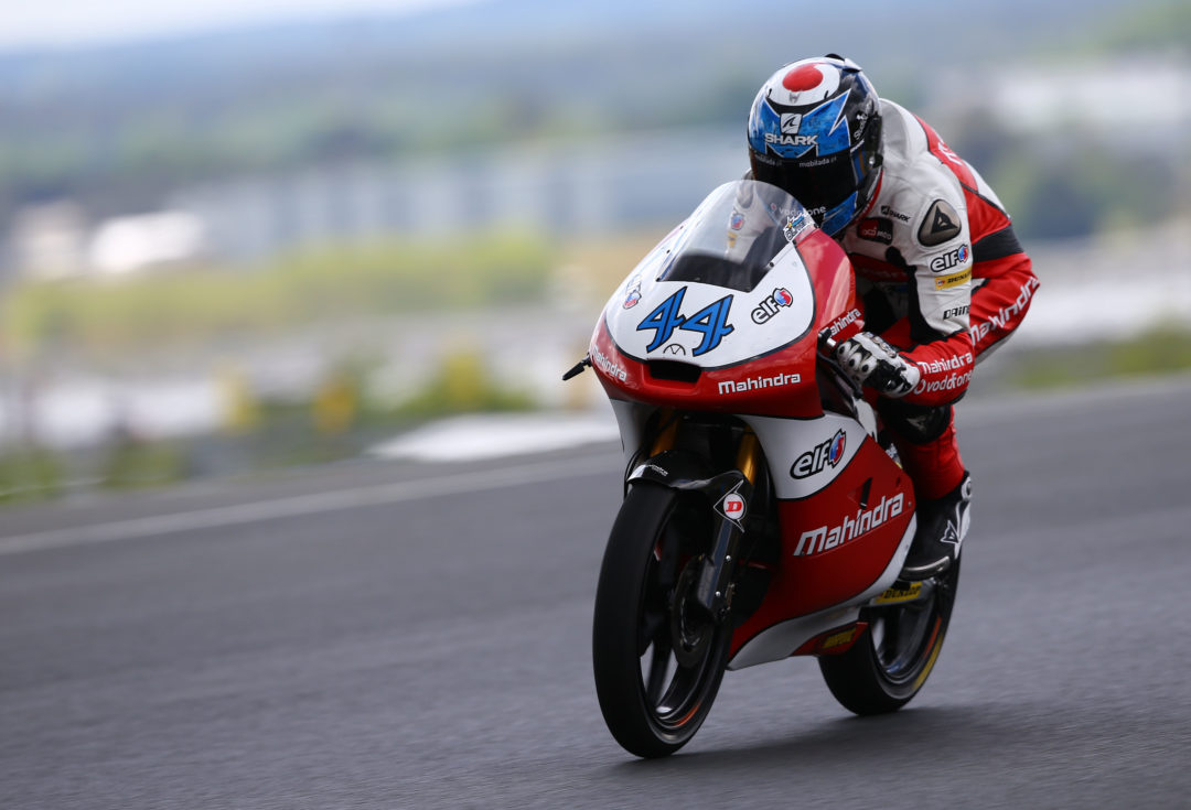 Crash ends storming weekend for Mahindra
