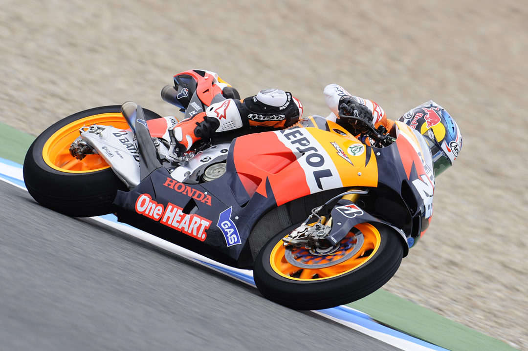Early effort sees Silva quickest at wet Jerez
