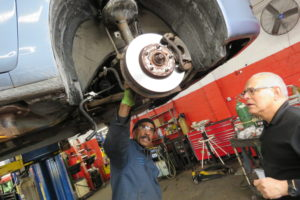 Expert Advice: When Should a Vehicle's Suspension Parts be Replaced?