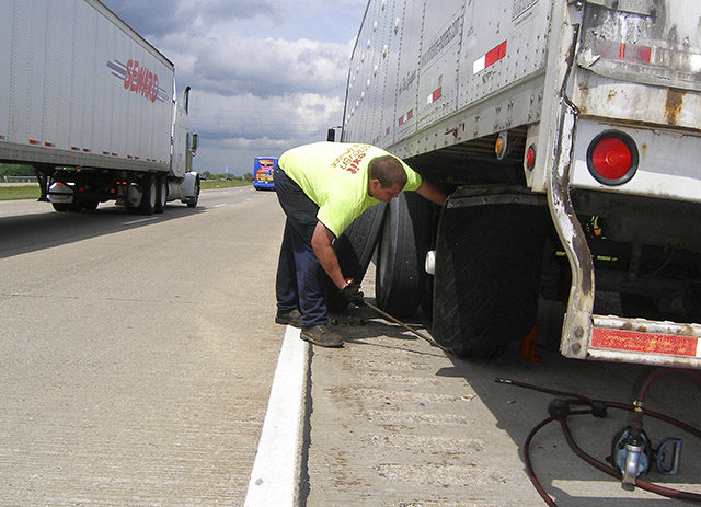 Fleet Managers Report the Real Cost of a Flat Tire