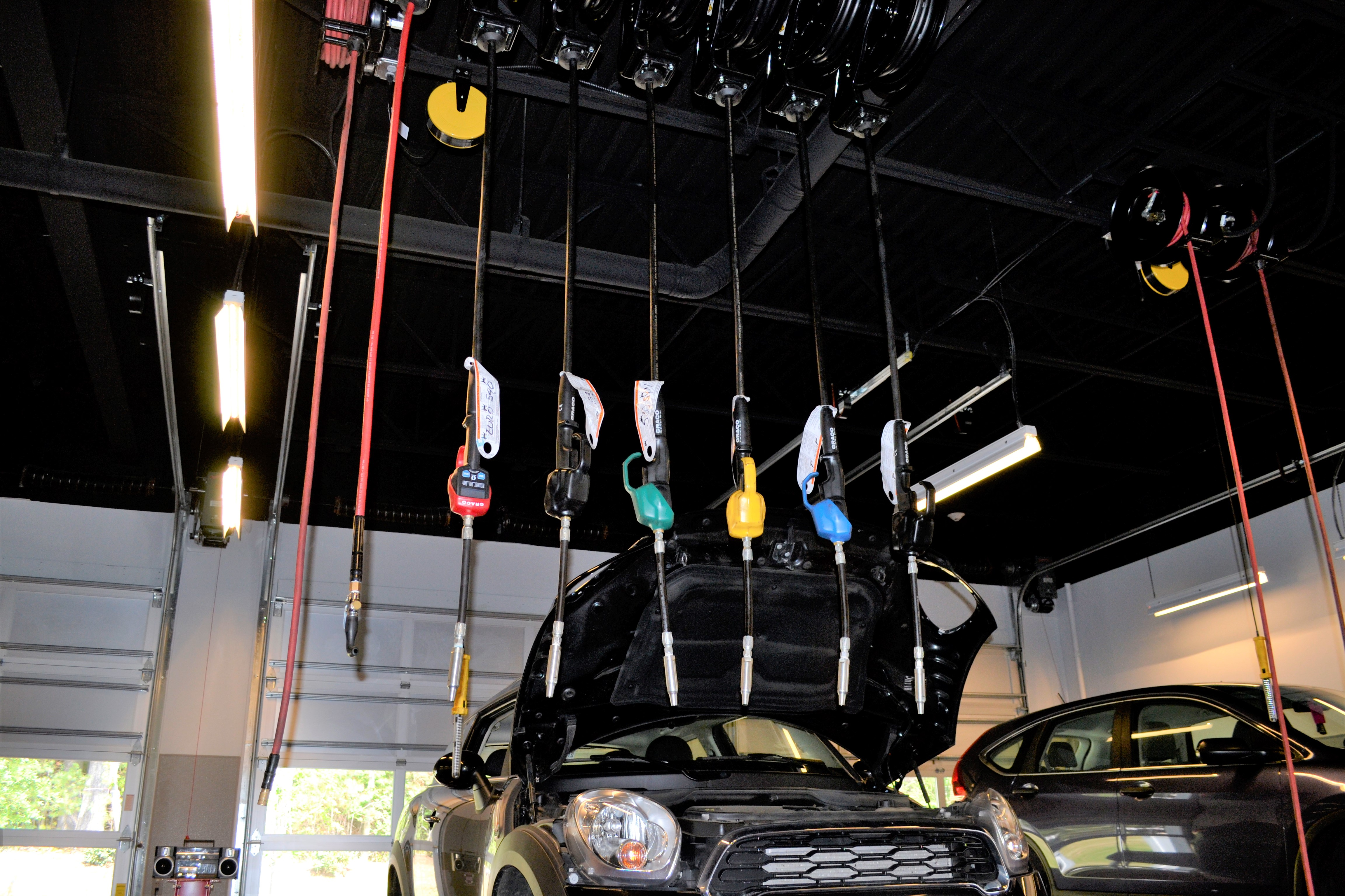 Fluid Dynamics: What You Need to Know About Oil Change Service