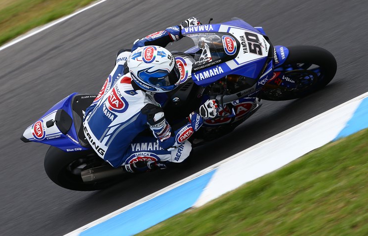 Guintoli Takes Provisional Pole For Pata Yamaha Debut