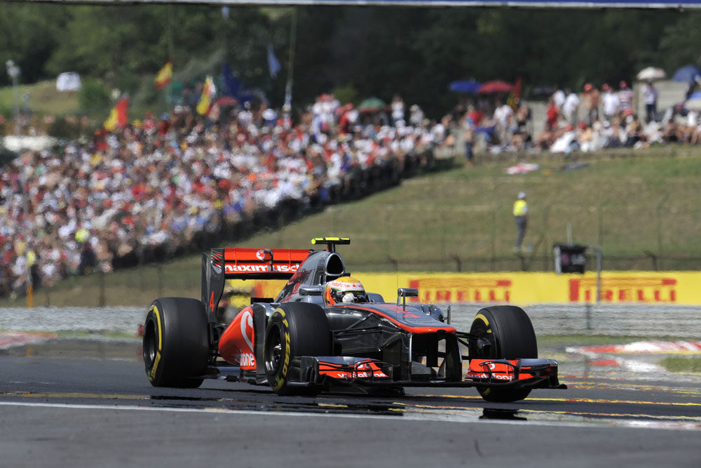 Hamilton completes dominant weekend with Pirelli