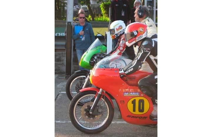 Hooked on classics: Top road racers competing in Classic TT on Avon tires