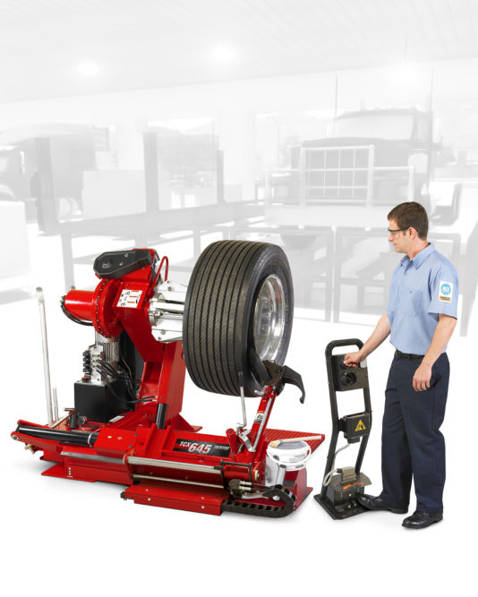 Hunter Designs New HD Tire Changer for Difficult Off-Road Assemblies
