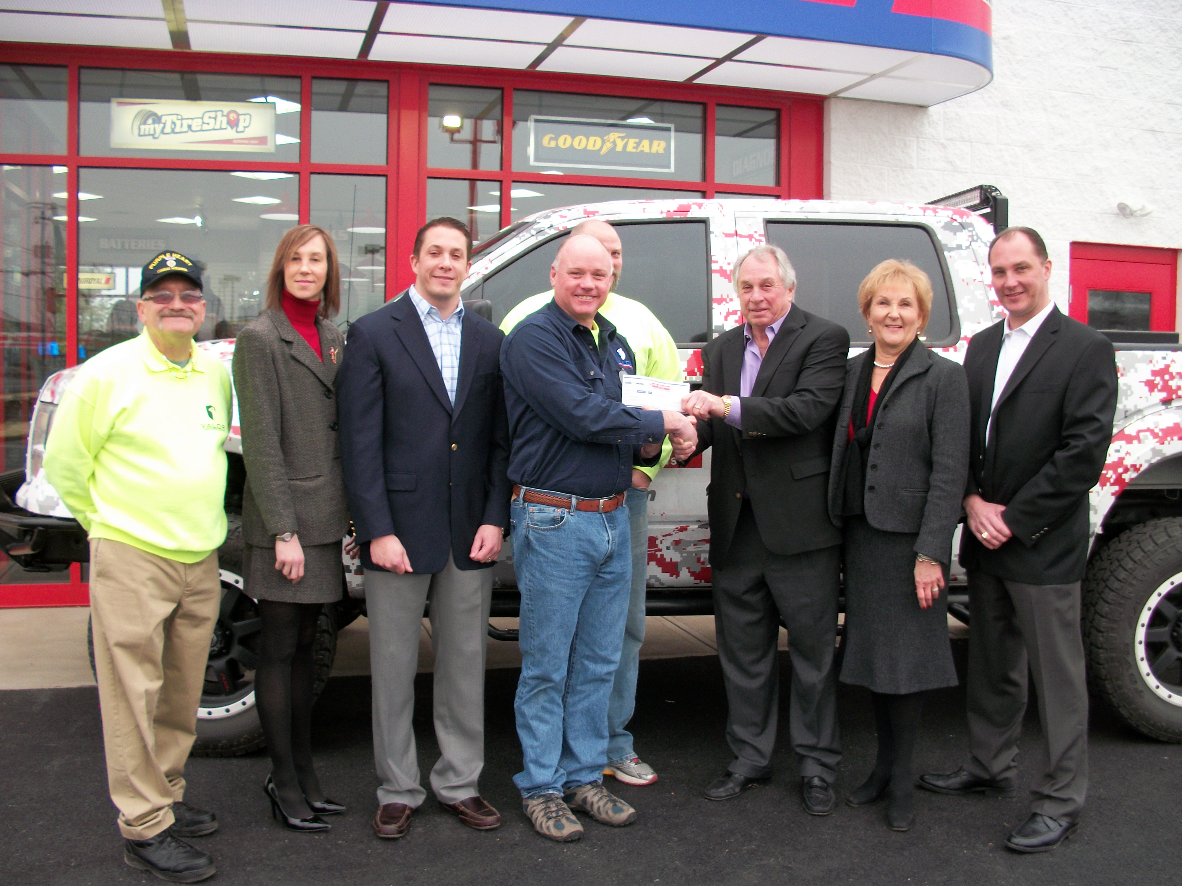 Jack Williams Tire supports veterans' clinic