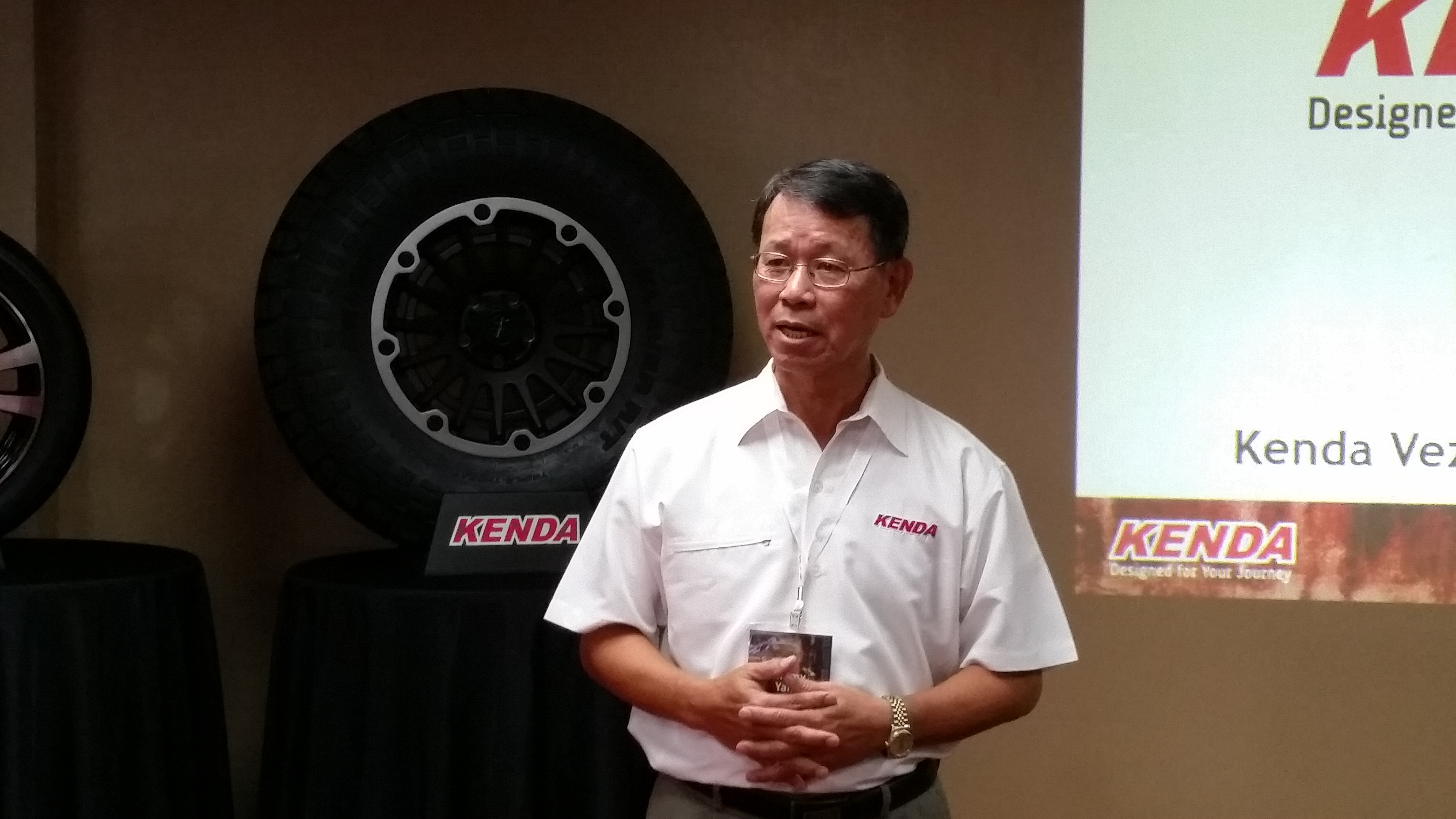 Kenda Introduces Grand Touring and R/T Tires