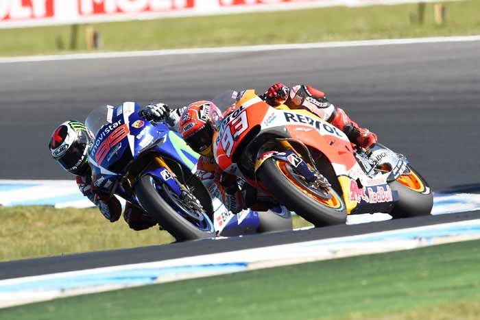 Last lap heroics help Marquez clinch victory at Phillip Island