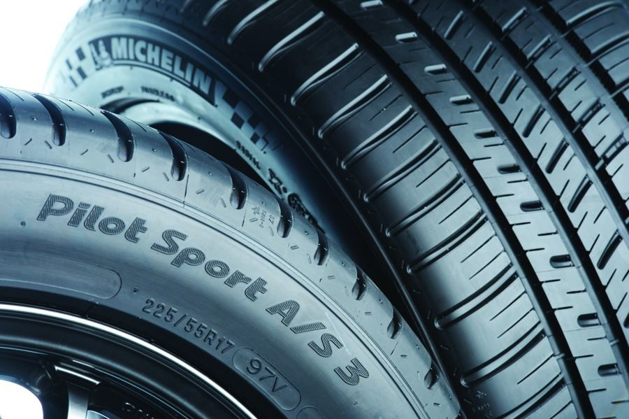 Michelin Pilot Sport A/S 3 UHP Tire
