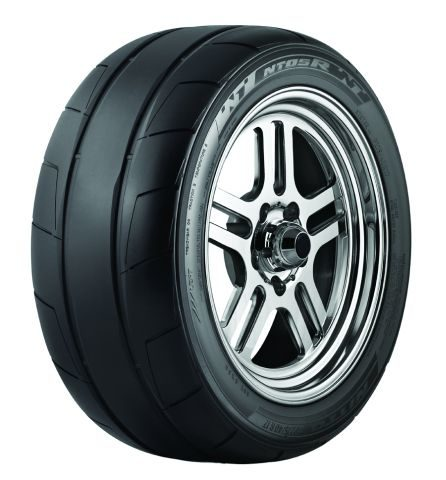 Nitto drag tire emphasizes traction