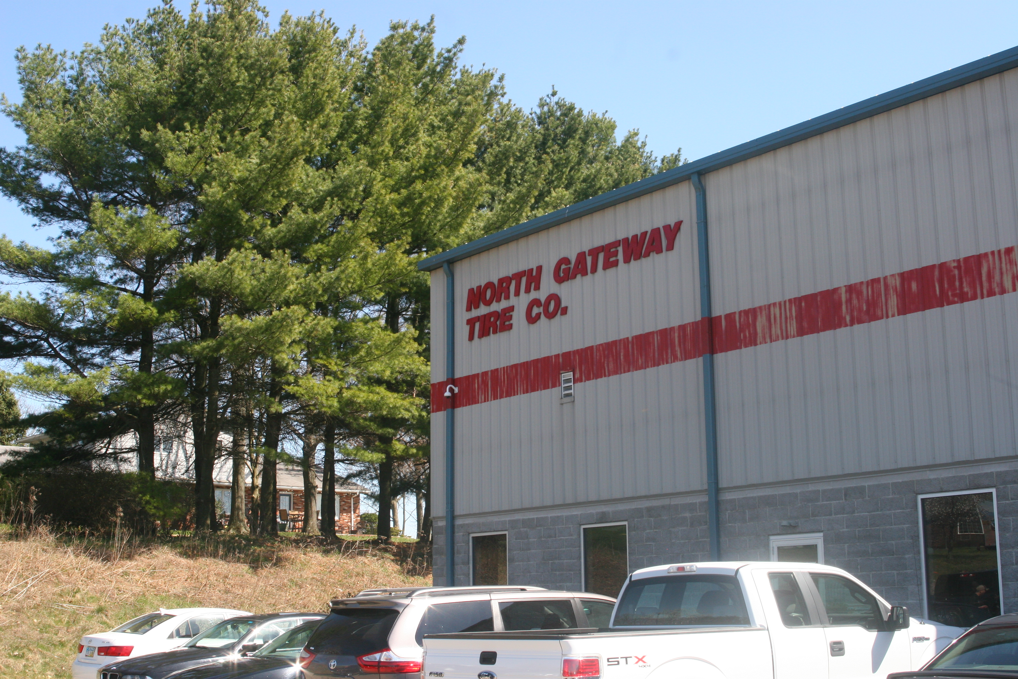 North Gateway Tire Holds Open House