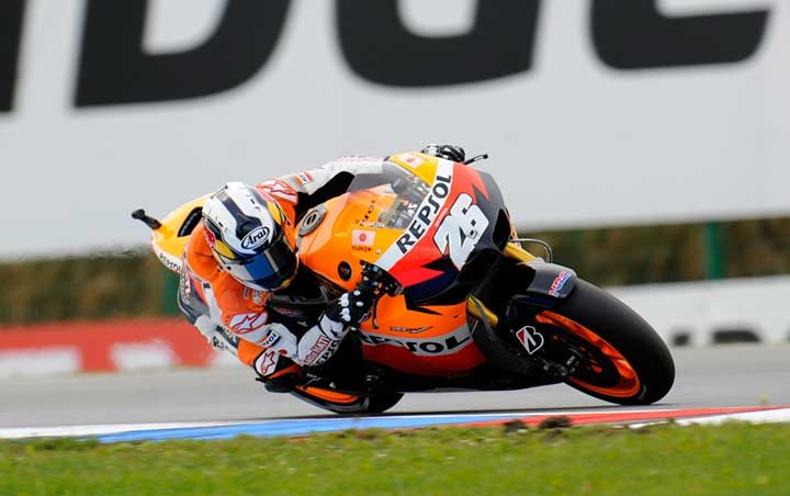 Pedrosa sets the early pace in Brno as new tyre rules take effect