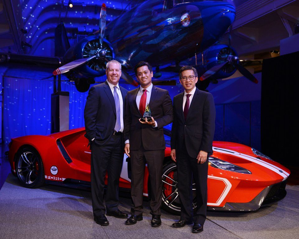 Pirelli Earns Ford's Gold World Excellence Award