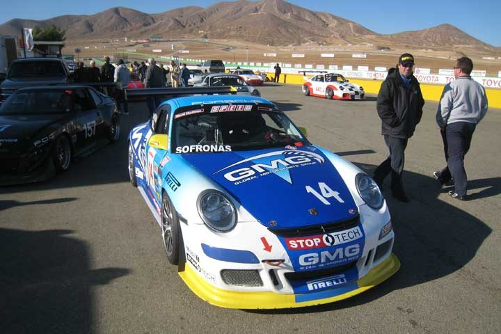 Pirelli fitted Porsche dominates Willow Springs