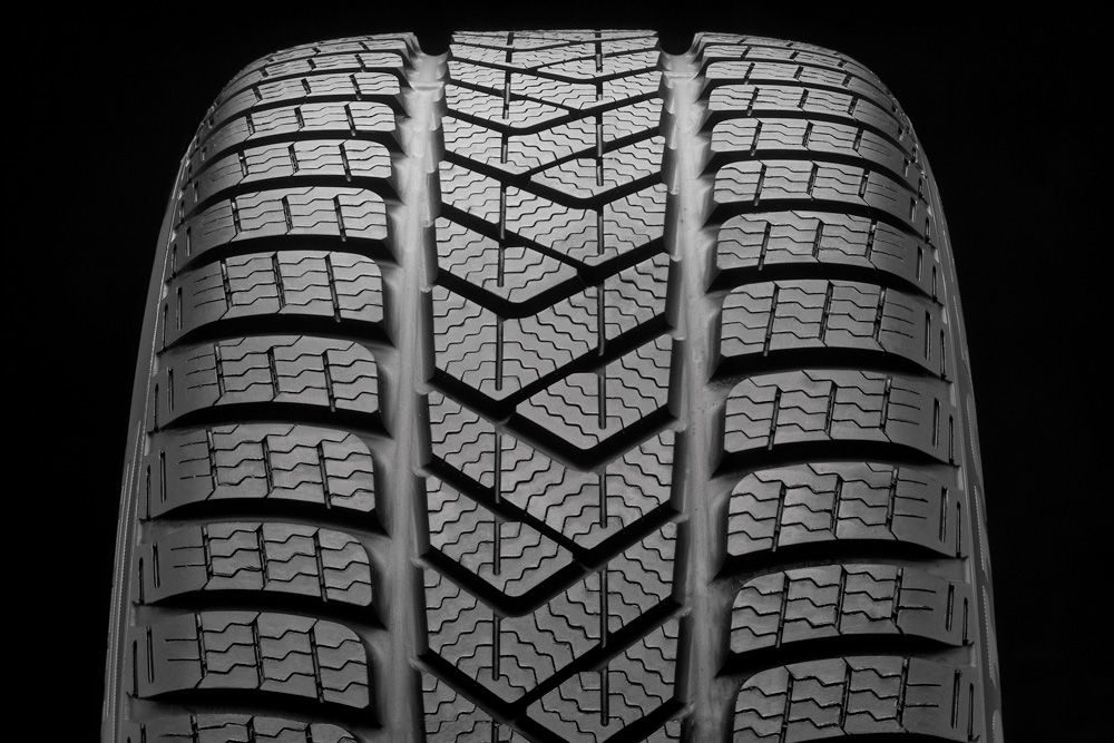 Pirelli introduces a new UHP winter tire