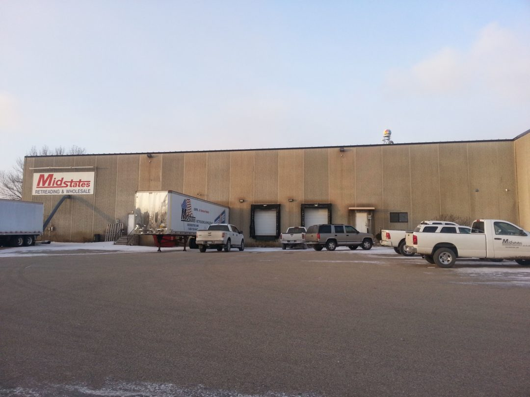 Royal Tire expands farther south and east