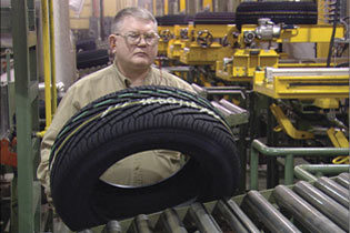 Shipments will drop to 16-year low in 2009
