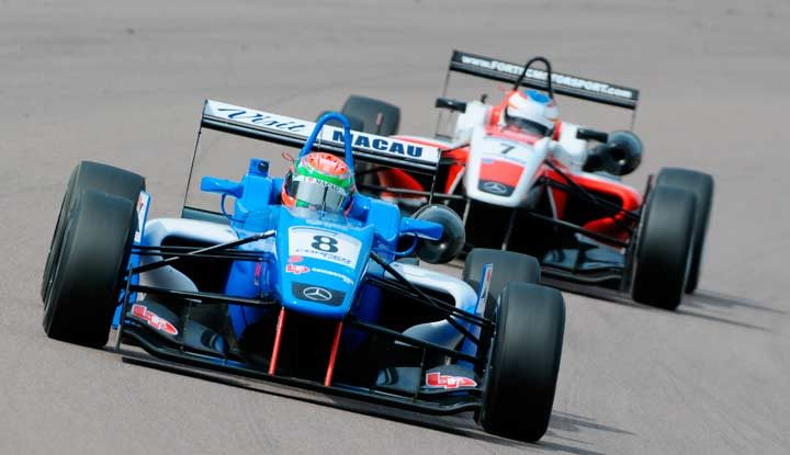 Silverstone set for Cooper Tires British F3 spectacular