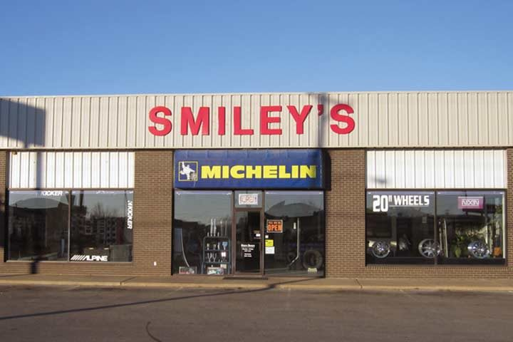 Smiley's Tires, Tunes and Tints