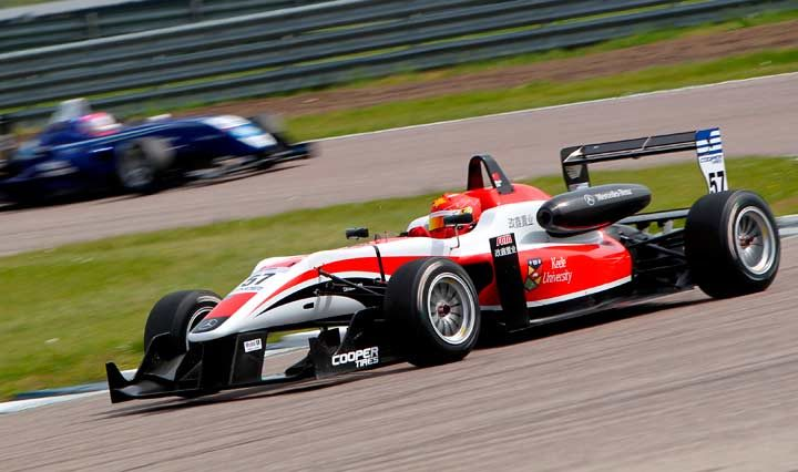 Snetterton is the stage for British GT and F3 spectacular