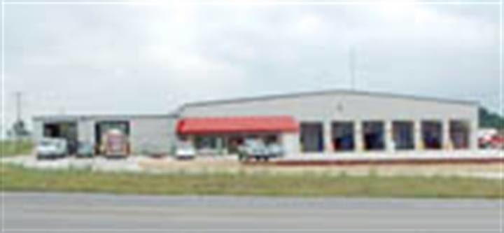 Southern Indiana adds retread shop, commercial center: Weaver saw a need for up-close service in Missouri