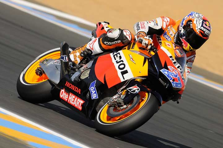 Stoner triumphs in Le Mans as records fall on new rear tyre