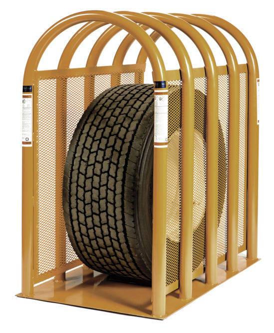 Super Magnum tire cage for wide-base truck tires