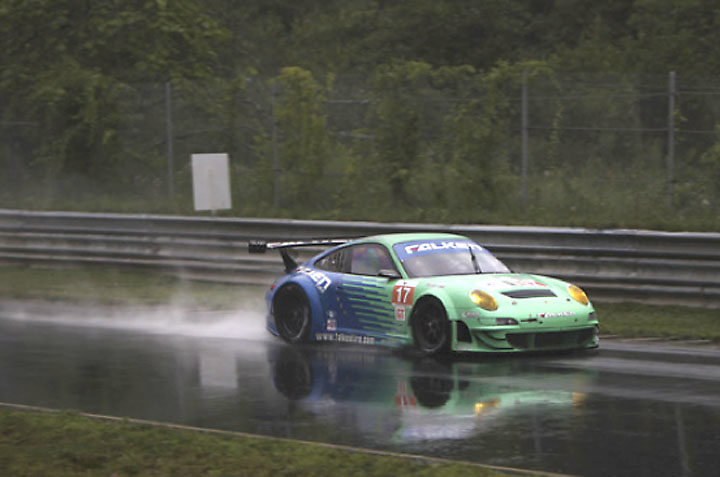 Team Falken finishes 8th at Lime Rock