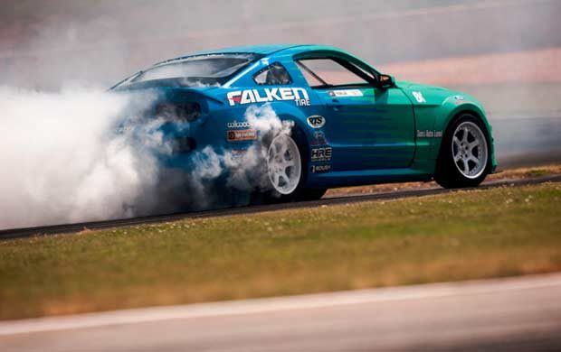 Team Falken stands in 5th place with Justin Pawlak