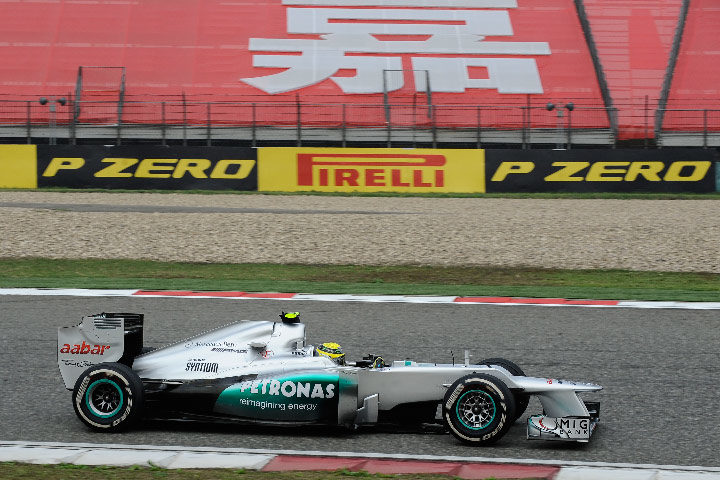 Tire strategy the key to an action-packed Chinese Grand Prix