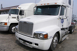 Truck tonnage continues to fall