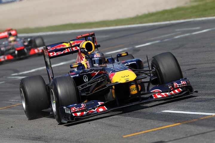 Vettel wins exciting duel at Barcelona