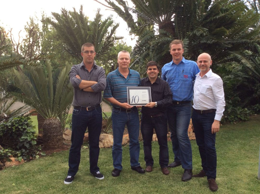 Vipal honors distributor in South Africa
