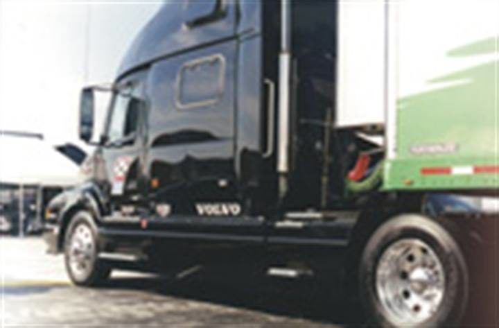 What big fleets want from dealers: 'Take us out of the tire business!'