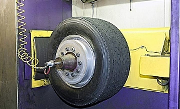 Wide-base tires get spa treatment from STL