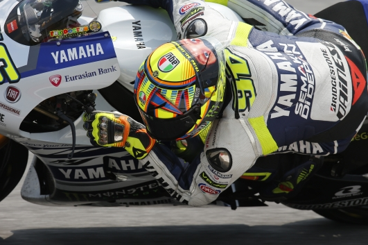 Yamaha completes second test day in Sepang