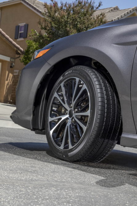 Yokohama Introduces Avid Ascend LX Premium Touring Tire