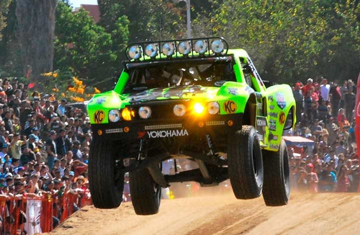 Yokohama off-road racers to start season at SCORE San Felipe 250